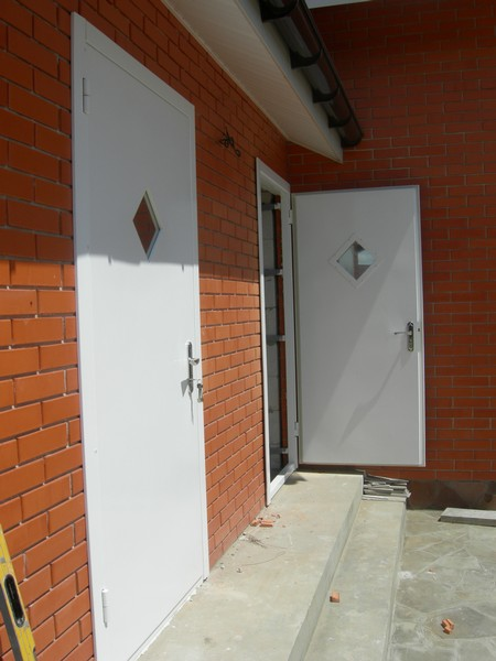 металлические двери в тамбур в домодедово